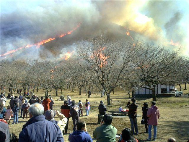春を呼ぶ炎の祭典
